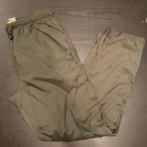 ✨HOST PICK✨ Kamotek Olive Nylon Pants - Size Lg